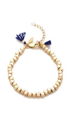 Love this fun gold bracelet!