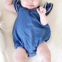 Lovely Ruffled-sleeve Tassels Denim Bodysuit for Baby Girls