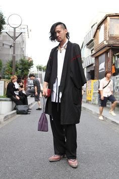 Tokyo Street Style Goes Traditional, With A Twist #refinery29  http://www.refinery29.com/traditional-japanese-fashion#slide-3  Aran, a barista, is donning a Jinbei — another wonderful piece of traditional Japanese garb.