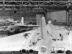 This later picture of the same assembly hall clearly shows Avro Vulcan B.2s in production, with the far larger tail-cone and brake parachute housing clearly seen at the bottom of the image.