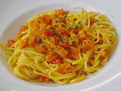 Spaghetti in Kürbissauce, ein sehr schönes Rezept aus der Kategorie Gemüse. Bewertungen: 29. Durchschnitt: Ø 4,3.