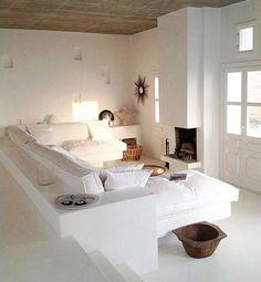Déco Salon – Folegandros, Greece via Pho. Interior Design Living Room, Living Room Designs, Living Area, Living Spaces, Built In Sofa, Style Deco, Home And Living, New Homes, House Design