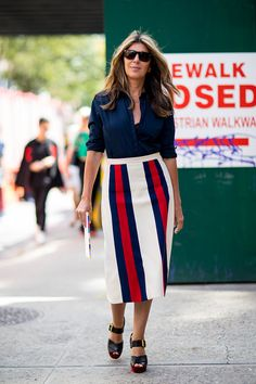 Street style stars aren't just masters at mixing and matching colors, patterns and textures. They're also brimming with spring work outfit ideas.