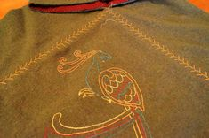 The Looking Glass and The Skeleton Key: Staying Warm at Events, Part The Hood Viking Hood, Viking Garb, Medieval Embroidery, Embroidery Motifs, Love Sewing, Hand Sewing, Norse Clothing, Medieval Crafts, Feather Stitch