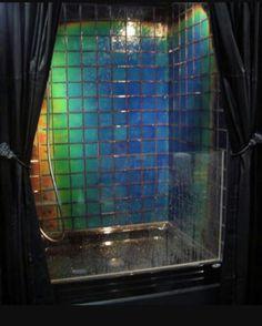 Gentil Color Changing Shower Tile   Shower Tile Changes Color Depending On The  Temperature Of Water   Heat Sensitive Bathroom Tile