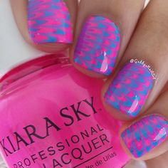 Instagram media gabbysnailart - Watermarble #nail #nails #nailart