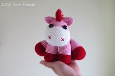 Ravelry: Lil' Baby Unicorn pattern by Rachel Hoe. Free pattern here: http://www.ravelry.com/patterns/library/lil-baby-unicorn