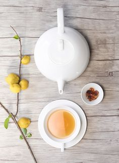 A cup of tea for a warm afternoon. Sweet...#teatime #asaselection #bule Find out: https://pt.pinterest.com/pin/262475484512875839/