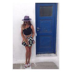 ISLAND GIRL  #kisterss #kisterss_sunglasses #oneteaspoon #adidas #mykonos