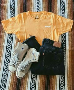 Yellow Honey Tee - Outfit shoes - - Baby clothing boy, Baby clothing girl, Gender neutral and baby clothing Teenage Outfits, Teen Fashion Outfits, Mode Outfits, Child Fashion, College Outfits, Freshman High School Outfits, Hipster School Outfits, Back To School Outfits For Teens, Concert Outfits