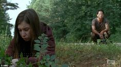 Fans finally got their answer in Sunday night's episode of the hit AMC drama, called Heads Up, which revealed what really happened after Glenn fell into a group of zombies. Walking Dead Girl, Walking Dead Memes, Walking Dead Cast, Fear The Walking Dead, Glen And Maggie, Katelyn Nacon, Dead Alive, Glenn Rhee, Night Terror