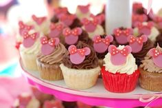 Minnie mouse cakes by charity