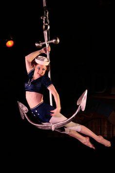 @Aimee Lemondée Gillespie Bennett I bet this would be quite similar to a hoop... :)