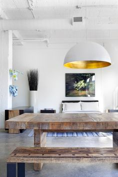 How to create that `wow' factor http://decordesignonline.wordpress.com/2013/10/21/how-to-create-that-wow-factor/