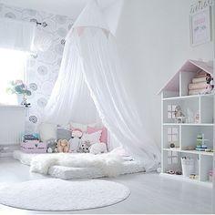 Weißes Zimmer für sie.