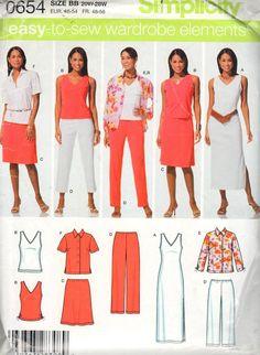 PLUS SIZES VOGUE SEWING PATTERN 8896 MISSES SZ 16-24 FIT /& FLARE WRAP DRESS