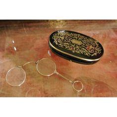 Petite Boite Ovale En Marqueterie Boulle Avec[...]