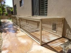 cost-free strategy small dog kennel layout : Let's face it. As a pet dog owner, it's inevitable that at some point you will need to take your pooch to some boarding kennel. The idea of your pooch. Dog Run Side Yard, Dog Yard, Dog Enclosures, Dog Kennels For Sale, Outside Dogs, Dog Kennel Cover, Dog Spaces, Dog Pen, Dog Rooms