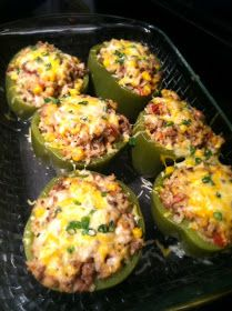Stuffed peppers were always a favorite of mine growing up, and my mom made the best. This is a Mexican take on the yummy dish, and you kn. Mexican Food Recipes, Beef Recipes, Cooking Recipes, Epicure Recipes, Recipies, Great Recipes, Dinner Recipes, Favorite Recipes, Easy Healthy Dinners