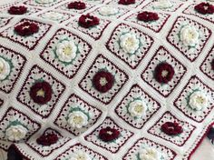Vintage Country Rose Afghan by brendacurrie on Etsy