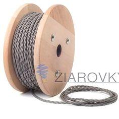 Kábel dvojžilový skrútený v podobe textilnej šnúry v šedej farbe je ideálny pre každé prostredie, domácnosť, kanceláriu alebo zásuvku. (3)