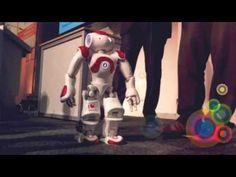 Video: Roboter Mario erobert die ITB | traveLink.