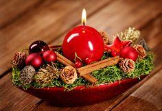 Christmas Time, Christmas Crafts, Christmas Decorations, Xmas, Table Decorations, Christmas Ideas, Advent, Christmas Table Settings, Christmas Candles