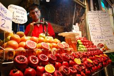 Istanbul street, pomegranate juice