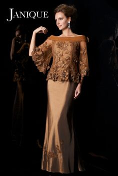 Elegant Gold Appliques Mother Of The Bride Dress 2017 Off Shoulder Flare Satin Mother's Dresses With Sleeves Floor Length Handmade Flowers Source by nadilachairany Mermaid Dresses, Women's Dresses, Cheap Dresses, Elegant Dresses, Fashion Dresses, Formal Dresses, Lounge Dresses, Discount Dresses, Linen Dresses
