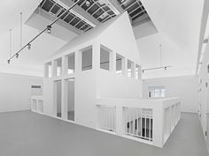 DAM, the very first architecture museum in Europe, opened in It stages changing exhibitions devoted to national and international architecture and urba. German Architecture, Museum Architecture, Art And Architecture, Frankfurt, High Walls, Interior S, Present Day, Urban Design, Bauhaus