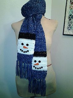 Snowman Scarf By Laura Brozo - Free Crochet Pattern - (ravelry) Knit Or Crochet, Crochet Gifts, Crochet Scarves, Crochet For Kids, Crochet Clothes, Crochet Baby, Crochet Granny, Easy Crochet, Christmas Scarf