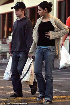 Mila kunis and macaulay culkin dating