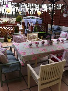painted garden furniture - Garden Furniture Colour Ideas