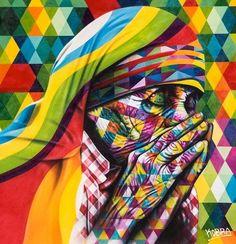 """Madre Teresa de Calcutá (1910-1997). Da série """"Olhares da Paz"""".  Grande mural grafitado. Eduardo Kobra (S.Paulo, SP, Brasil, 1976 - ). Em Los Angeles, Califórnia, USA.  Fotografia: Divulgação.  http://entretenimento.uol.com.br/album/2015/06/09/conheca-grafites-do-brasileiro-eduardo-kobra-espalhados-pelo-mundo.htm#fotoNav=14"""