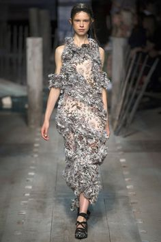 Erdem Spring/Summer 2017 Ready-To-Wear Collection - 36/40