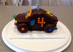 Cars Cake - Annie's Amazing Cakes Beautiful Birthday Cakes, Amazing Cakes, Annie, Cars, Desserts, Food, Tailgate Desserts, Deserts, Autos
