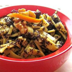 Try Polish Noodles with Poppy Seeds This Christmas Eve: Polish Noodles with Poppyseeds - Kluski z Makiem