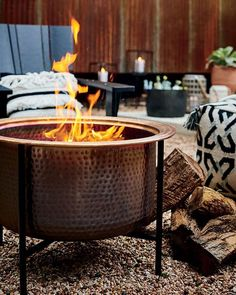 Heat up your outdoor gatherings with the warm glow of our Vitale Copper Firepit. Deck Fire Pit, Fire Pit Table, Fire Pit Backyard, Fire Pits, Copper Fire Pit, Outdoor Deck Decorating, Garden Pods, Fire Pit Landscaping, Fire Pit Bowl