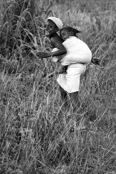 Liberia- babysitting by palo lajciak