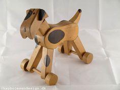 Kay Bojesen, hond op wieltjes