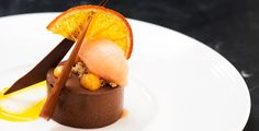 Restaurant Forty One holds the title of 'Good Food Ireland's Restaurant of Year aswell as many other eminent culinary gongs. Sweet Desserts, Panna Cotta, Good Food, Pudding, Restaurant, Ethnic Recipes, Dulce De Leche, Custard Pudding, Diner Restaurant