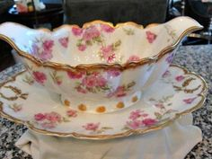 HAVILAND LIMOGES FRANCE CHINA 39D ROSES/GOLD GRAVY BOAT W/ UNDERPLATE