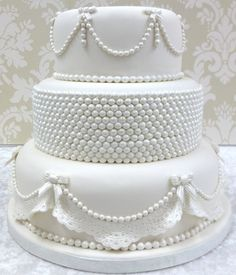 Karen Davies Cake Decorating Moulds. molds - Pearls - free beginners tutorial