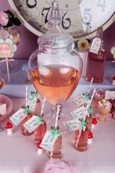 Alice in Wonderland printable drink tags   # Pin++ for Pinterest #