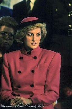 Princess Diana  Berlin of solo , le 18 octobre 1985 .