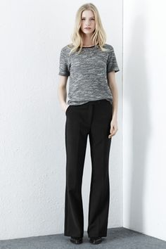 All | Black SKINNY FLARED TROUSERS | Warehouse This pair of smart tailored trousers features a mid-rise, zip fly fastening, two side pockets and skinny flare cut. Height of model shown:   Product code: 02292377