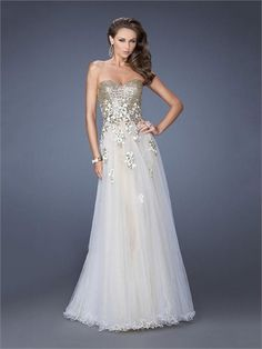 A-line Sweetheart Sequins Floral Appliques Tulle Prom Dress PD1282 www.homecomingstore.com $259.0000