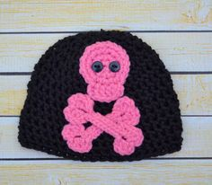newborn skull and cross bones hat by SweetBabiesinYarn on Etsy, $16.00