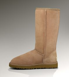The classic Ugg boots won't be out of fashion. welcome to choose the suitable one for yourself.