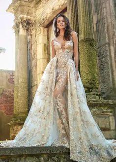 Stunningly Sexy Wedding Dress by Galia Lahav 2017 Bridal Collection – Le Secret Royal II Sexy Wedding Dresses, Elegant Wedding Dress, Bridal Dresses, Wedding Gowns, Prom Dresses, Wedding Cards, Trendy Wedding, Formal Dresses, Elegant Dresses